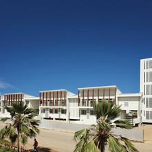 ギゾ病院再建
