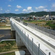 北陸新幹線小矢部川橋梁
