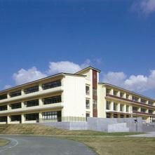 成田市立公津の杜中学校