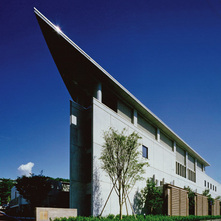 長野大学附属図書館