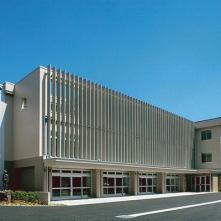 櫻ヶ岡中学校中校舎